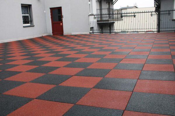 Mata gumowa SBR - szachownica czarno-czerwona
