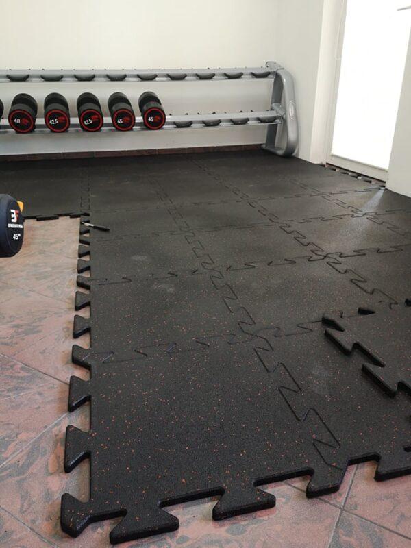 Mata PREMIUM BLACK 20 mm - podłoga sportowa do siłowni